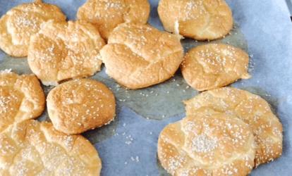 Nem, sund og melfri low-carb-dej til boller, naanbrød, pizza - og tærtebund