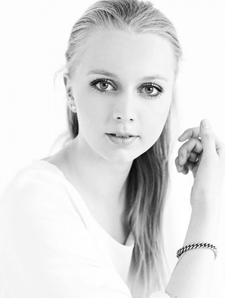 Sydhavnsmors venindebog: Sofie Elkjær Jensen
