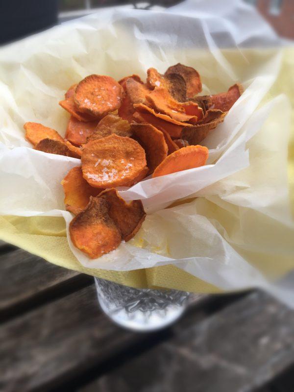 Sprøde og sunde chips af søde kartofler - Sydhavnsmor.dk