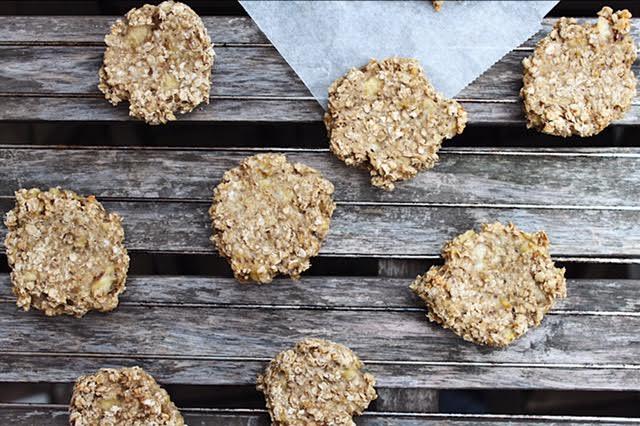 Sunde cookies af TO ingredienser (vegansk, glutenfri, sukkerfri) - Sydhavnsmor.dk