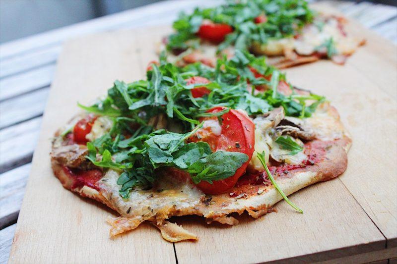 Undgå madspild: Sprød pizza på kikærtebund (glutenfri)