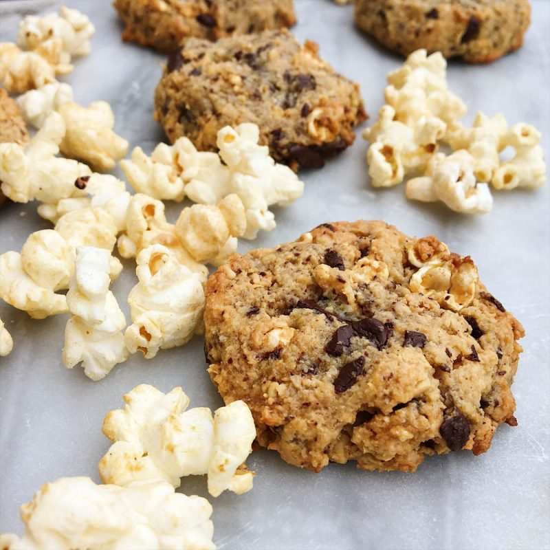Popcorncookies med karamel og chokolade af 5 ingredienser (glutenfri)