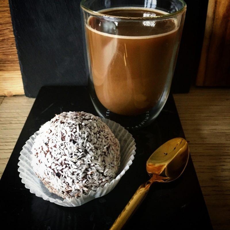Slanke romkugler, du kan spise som et fuldt sundt måltid (sukker- og glutenfri)