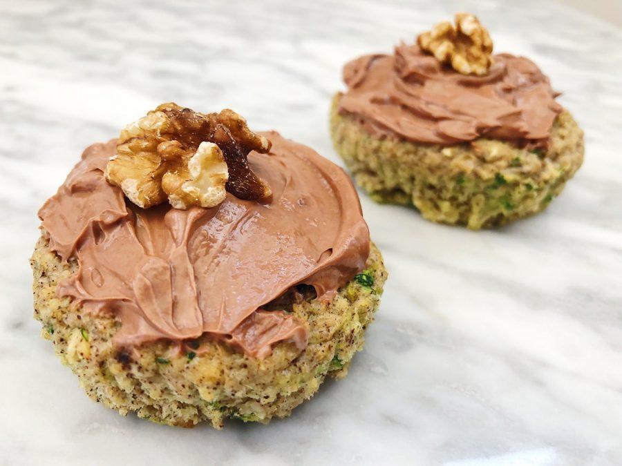 Sense squashmuffins - sunde, saftige muffins med kokos og valnødder