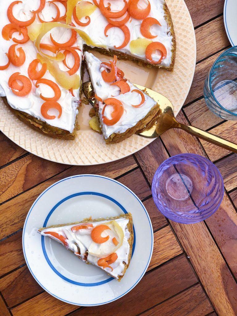 glutenfri gulerodskage uden sukker