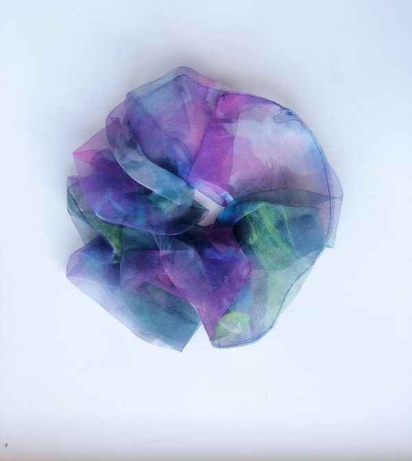 batik scrunchie lilla